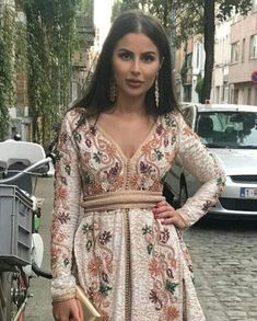 Indian Dresses, Blue Dresses, Moroccan Caftan, Caftan Dress, Oriental Fashion, Traditional Dresses, Hijab Fashion, Cool Outfits, Style Inspiration