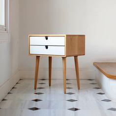 Mid-Century Scandinavian Side Table / Nightstand - Frame and legs made in oak ,and drawers lacquered in white