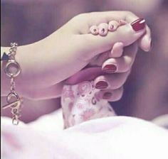 Girl hold baby doll's hand Nice fb dp The post Girl hold baby doll& hand Nice fb dp appeared first on Wallpaper DPs. Cute Girl Pic, Cute Baby Girl, Baby Love, Cute Girls, Cute Babies, Funny Babies, Stylish Girls Photos, Stylish Girl Pic, Girl Photos