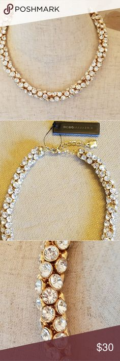 BCBG MAXAZRIA CRYSTAL CLUSTER NECKLACE BCBG MAXAZRIA GOLD CRYSTAL CLUSTER NECKLACE BCBGMaxAzria Jewelry Necklaces