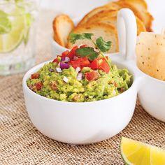 En étapes: guacamole classique - Je Cuisine Dip Recipes, Appetizer Recipes, Appetizers, Cooking Recipes, Healthy Recipes, Pesto Recipe, Salsa Recipe, Guacamole, Hors D'oeuvres