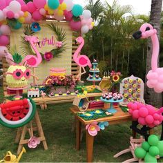 Lindaaa festa por @islaliliput. . #ideiasdebolosefestas #festainfantil #festaflamingo #festaaoarlivre Pink Flamingo Party, Flamingo Birthday, Aloha Party, Luau Party, Flamenco Party, Hawaiian Party Decorations, Tropical Party, 1st Birthday Parties, First Birthdays