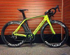 Specialized Venge Pro Bike Kit, Bicycle Race, Bicycle Design, Road Bikes, Toys For Boys, Triathlon, Biking, Hot Wheels, Cycling