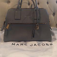 Marc Jacobs Handbag Marc Jacobs Textured Medium Incognito Handbag. Marc Jacobs Bags Shoulder Bags