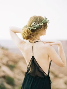 Bold Bridal Style Inspiration in Moab | Wedding Sparrow | Carrie King Photographer
