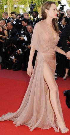 Gorgeous Versace 2009 dress red lips - winner