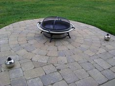 Weilbacher Landscaping - Paver & Flagstone: Patios and Walkways