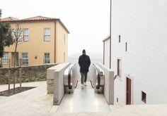 As escadas do Monte dos Judeus rolam até ao cimo da encosta do Porto | Arquitectura | PÚBLICO