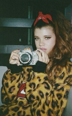 soft grunge baby doll l Sofia Richie Grunge Fashion, Look Fashion, 90s Fashion, Sofia Richie, Soft Grunge, 90s Grunge, Mode Punk, Whatever Forever, Hipster
