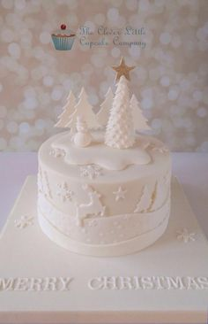 Tonal Christmas Cake - Cake by The Clever Little Cupcake Company (Amanda Mumbray)
