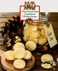 A recipe for a classic Norwegian Christmas cookie meny.no Sandnuts are in many Norwegian families one of the seven sorts of cookies one bakes for Christmas. It is a light cookie with porous consist… Norwegian Christmas, Danish Christmas, Christmas Baking, Christmas Cookies, Scandinavian Food, Scandinavian Christmas, Swedish Recipes, Norwegian Recipes, Recipes
