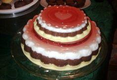 Emeletes gumisüti torta Cake, Food, Kuchen, Essen, Meals, Torte, Cookies, Yemek, Cheeseburger Paradise Pie