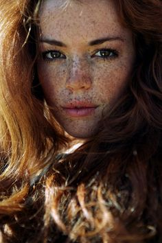 Beautiful freckles!