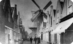 possibly the best picture ever taken of 'de Westdijk' in Middelharnis , Goeree-Overflakkee , the Netherlands , before the year 1898 Best Pictures Ever, Cool Pictures, Going Dutch, Windmills, Netherlands, Cities, Good Things, History, Holland