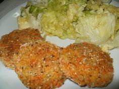 bUÑUELOS DE ZANAHORIA AVENA Y SEMILLAS INGREDIENTES - 2 zanahorias grandes - 4 cucharadas de avena. - 1 cuchara de mostaza. - semillas de sésamo y lino - 1 cucharada de pan rayado. - sal y provenzal. - un chorrito de agua