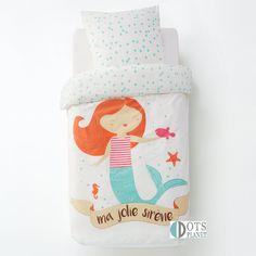 PPościel dla dziewczynki Mała Syrenka 140x200 to bajeczna bawełniana pościel dla małych dziewczynek które uwielbiają opowieści o syrenkach i Arielce
