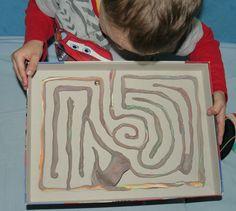 Moje Dzieci Kreatywnie: Labirynt podłogowy i pudełkowy