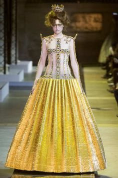 Spring 2017 Couture   Guo Pei Collection