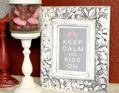 "Free Printable ""Keep Calm and Kiss On"""
