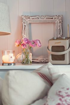 We Made This Home: Roberts Radio Revival Mini. Country Style Homes, Modern Country, Cottage Interiors, Cottage Homes, Rose Cottage, Cottage Style, Roberts Radio, Seaside Apartment, Estilo Shabby Chic
