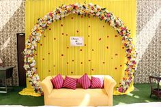 Wedding Backdrop Design, Desi Wedding Decor, Wedding Hall Decorations, Wedding Stage Design, Marriage Decoration, Wedding Mandap, Backdrop Decorations, Wedding Receptions, Indian Wedding Stage