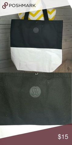 Lululemon tote bag In great condition lululemon athletica Bags Totes