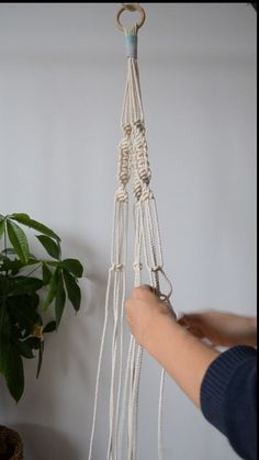 macrame/macrame anleitung+macrame diy/macrame wall hanging/macrame plant hanger/macrame knots+macrame schlüsselanhänger+macrame blumenampel+TWOME I Macrame & Natural Dyer Maker & Educator/MangoAndMore macrame studio Macrame Plant Hanger Tutorial, Macrame Plant Hanger Patterns, Macrame Wall Hanging Diy, Macrame Plant Holder, Macrame Art, Macrame Projects, Hanging Plant Diy, How To Macrame, Plant Wall Diy