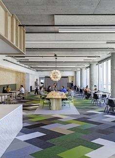 Some nice color blocking, and an interesting mix of #Eames and #Wegner chairs.   Cisco Offices / Studio O+A