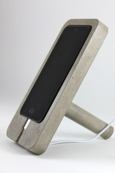 Concrete iPhone 5 Dock