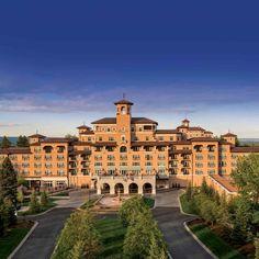 The New West Broadmoor building #thebroadmoorhotel #colorado