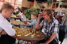 Szachiści Klubu Szachowego GAMBIT MDK Świdnica w czołówce Turnieju z okazji Dnia Dziecka, Wałbrzych, 01.06.2014
