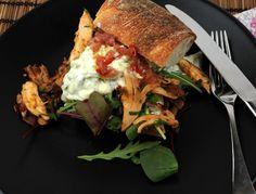 Pulled chicken Pulled Chicken Sandwiches, Tzatziki, Quesadilla, Chipotle, Meat, Dinner, Food, Cilantro, Shredded Chicken Sandwiches