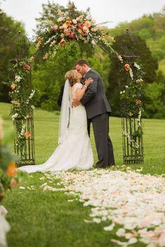 Rustic Luxe Destination Wedding at Historic Cedarwood   Cedarwood Weddings