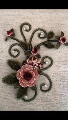 Image gallery – Page 359021401526931437 – Artofit Needle Lace, Flower Crafts, Needlepoint, Brooch, Embroidery, Flowers, Handmade, Image, Jewelry