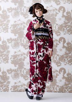 Designer Clothes, Shoes & Bags for Women Yukata Kimono, Kimono Japan, Kimono Fabric, Japanese Kimono, Japanese Outfits, Japanese Fashion, Kimono Fashion, Fashion Outfits, Cute Kimonos