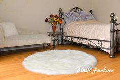 Warm White Sheepskin Round Plush Suede Backing Cute Shag Furry Nursery Rug Oval Rugs, Round Area Rugs, Faux Fur Rug, Nursery Rugs, Shaggy, Bed Spreads, Shag Rug, Accent Decor, Luxury Homes