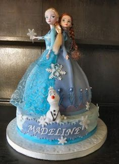Anna & Elsa Twin Frozen Doll Cake :) - Cake by Storyteller Cakes Anna Elsa Cake, Anna Frozen Cake, Elsa Doll Cake, Elsa Cakes, Elsa Anna, Elsa Birthday Cake, Frozen Themed Birthday Party, Birthday Cupcakes, Frozen Barbie Cake