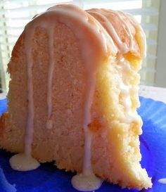 Cream Cheese Pound Cake | Looks fancy when served drizzled with caramel sauce and yields a lot of servings.