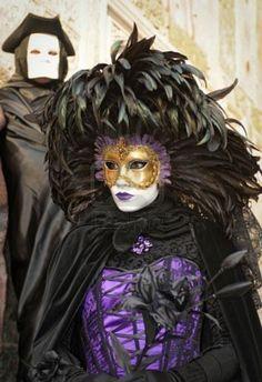 Classic Carnival Purple Silver Accent Roman And Masquerade Ceremony Mask