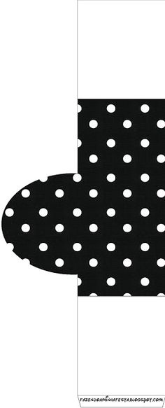 Kids Rugs, Home Decor, Anos 60, Polka Dot, Sweet Like Candy, Invitations, Diy Home, Black And White, Moldings