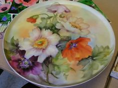 Can& wait to see your painting. I have never painted poppies, this will really help , great study. China Plates, Plates And Bowls, Painting Lessons, Painting Techniques, Decoupage, China Porcelain, Painted Porcelain, Painted Plates, China Painting