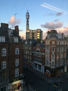 Late afternoon views from the 4th floor in London!