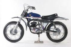 Mx Bikes, Motocross Bikes, Vintage Motocross, Dirt Bikes, Bultaco Motorcycles, Racing Motorcycles, Vintage Motorcycles, Motorbikes, Motorcycle Engine