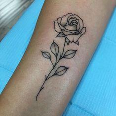 Bestie Tattoo, Dope Tattoos, Sister Tattoos, Wrist Tattoos, Body Art Tattoos, Rose Tattoo Forearm, Tattos, Smal Tattoo, Rose Drawing Tattoo