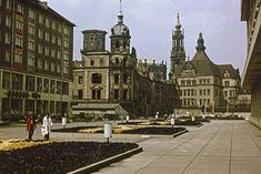 Dresden: Schlossstraße, Blick zum Schloss und zur Hofkirche, die damals beide noch in Trümmern lagen © Kay Müller