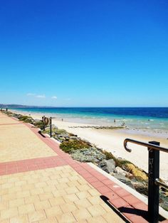 Adelaide city beach • South Australia • adelaide's beaches • riawati