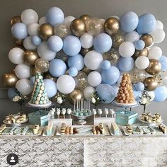 Planning a Baby Shower? 3 Tips For Throwing a Wonderful Baby Shower Modern Balloon Decor on Instagra Deco Baby Shower, Fiesta Baby Shower, Baby Shower Balloons, Shower Party, Baby Shower Parties, Baby Shower For Boys, Boy Baby Showers, Baby Shower Nails Boy, Baby Boys