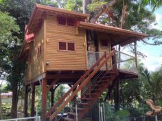Bouillante, Basse - Terre. Tree house, with pool. Sleeps 6. $1248 total.