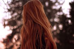 Diese Haare *-* girl faceless Redhead shared by Ace of Spades ♠ on We Heart It Ginny Weasley, Lydia Martin, Lily Potter, Harry Potter, Outlander, Danielle Victoria, Lily Evans, Character Aesthetic, Amy Pond Aesthetic