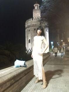 VIVE TU MODA: Vestido de encaje Okeysi,  en una noche sevillana....